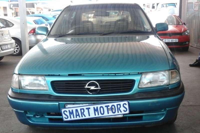 Opel Astra 1.6 Sport 2000
