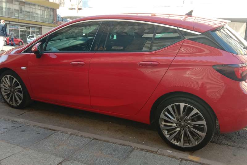 Opel Astra 1.6 Sport 2017
