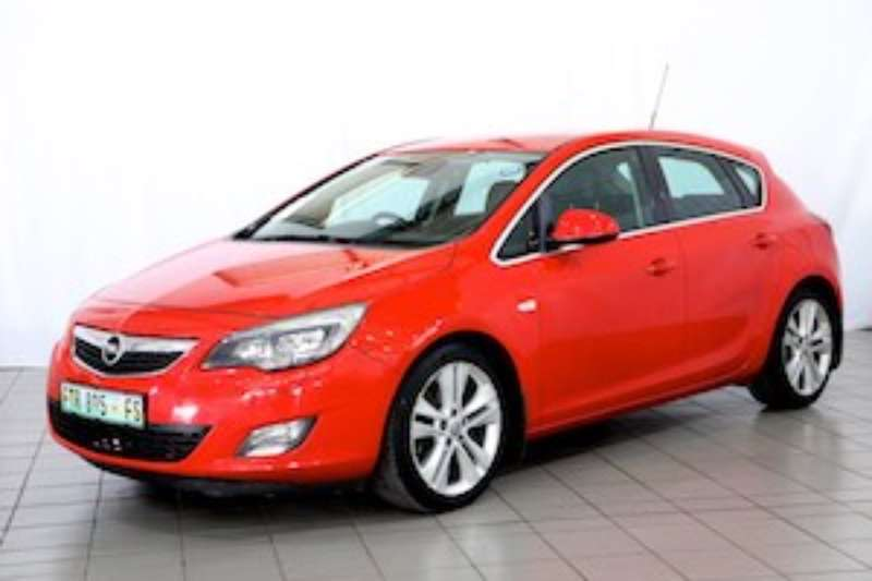 Opel Astra 1.6T SPORT 5DR 2011