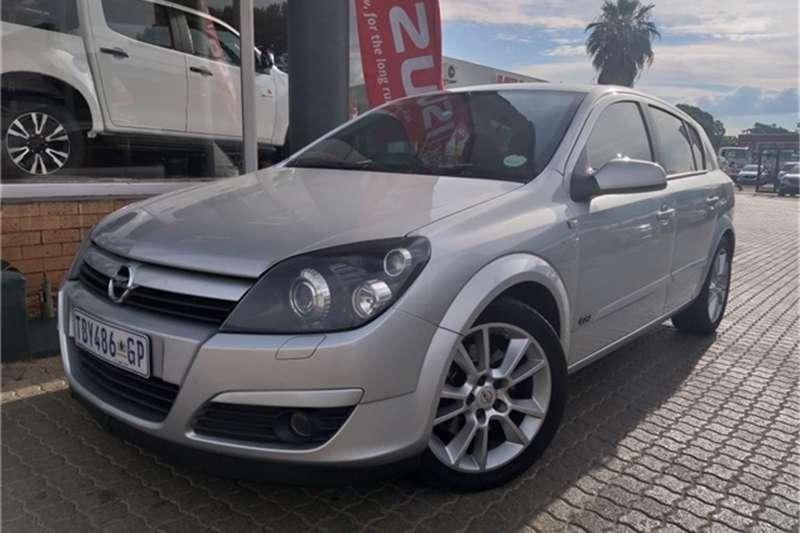 Opel Astra 2.0 GSi 2006