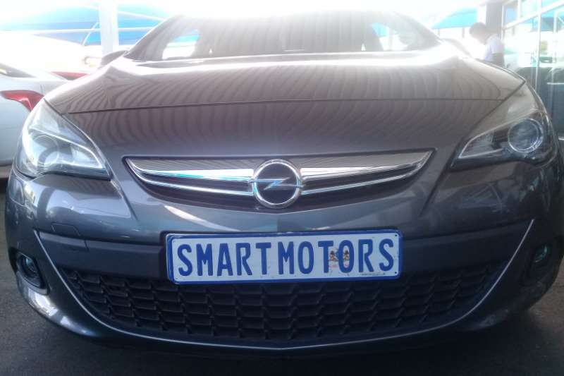 Opel Astra GTC 1.6 Turbo Sport 2013