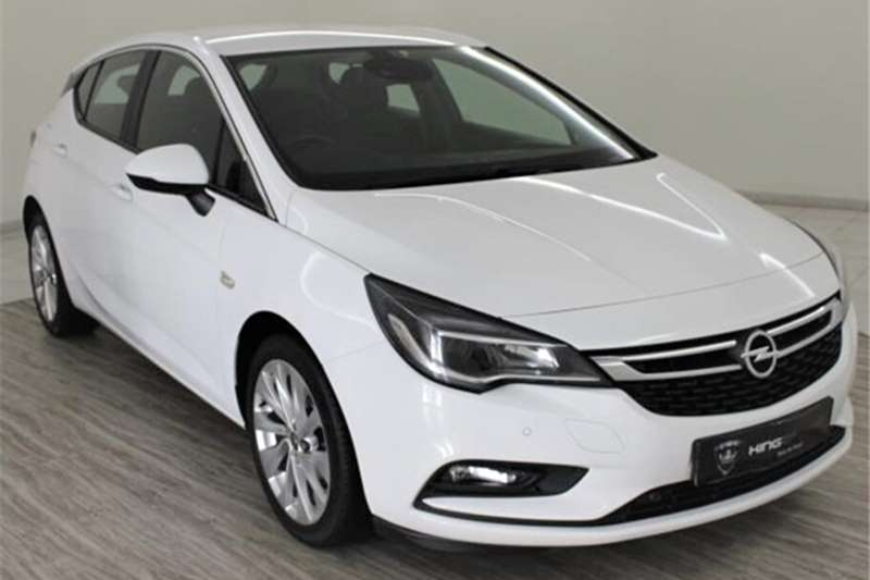 Opel Astra hatch 1.0T Enjoy 2017