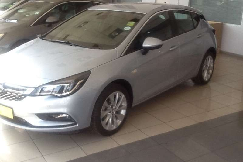 Opel Astra hatch 1.0T Enjoy 2018