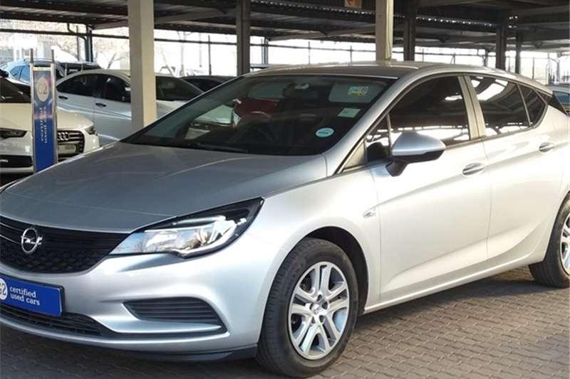 Opel Astra hatch 1.0T Enjoy 2019