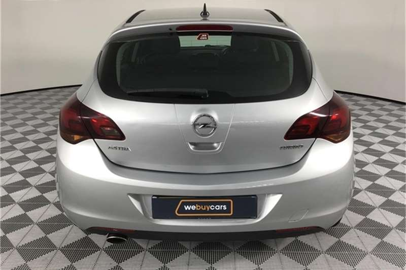 Opel Astra hatch 1.4 Turbo Enjoy Plus 2010