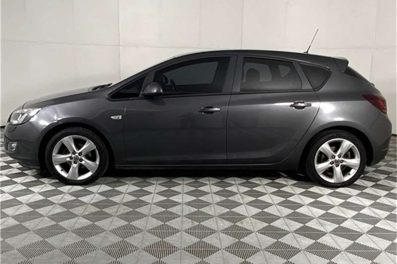 Used 2013 Opel Astra hatch 1.4 Turbo Enjoy Plus
