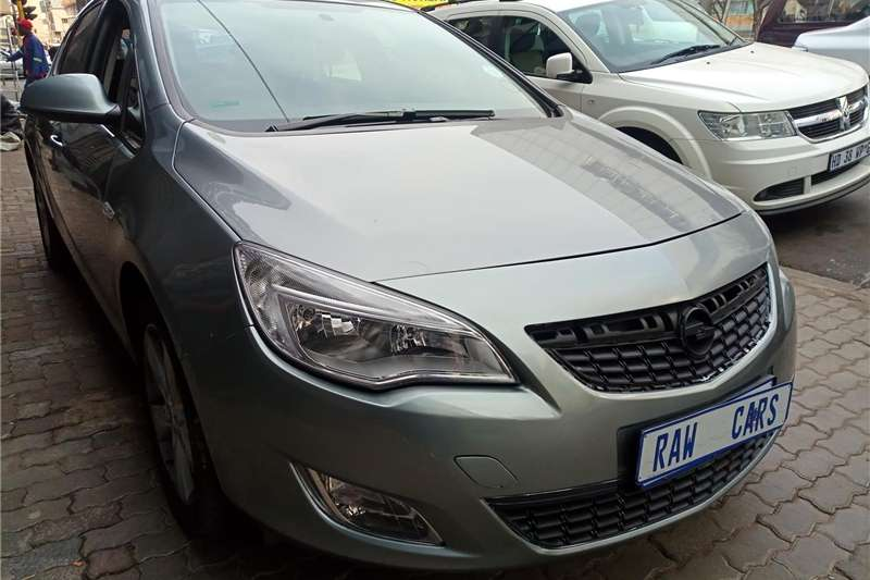 Opel Astra Hatch ASTRA 1.4T SPORT (5DR) 2012