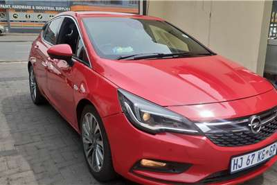 Opel Astra Hatch ASTRA 1.4T SPORT A/T (5DR) 2017