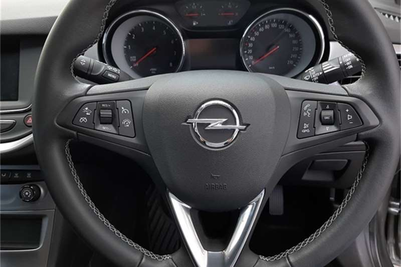 2021 Opel Astra hatch