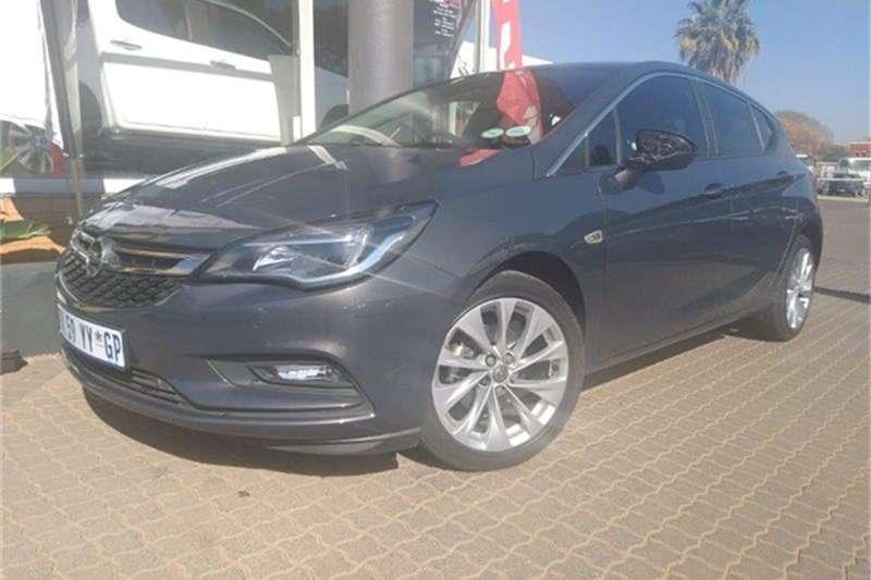 2016 Opel Astra hatch 1.4T Enjoy