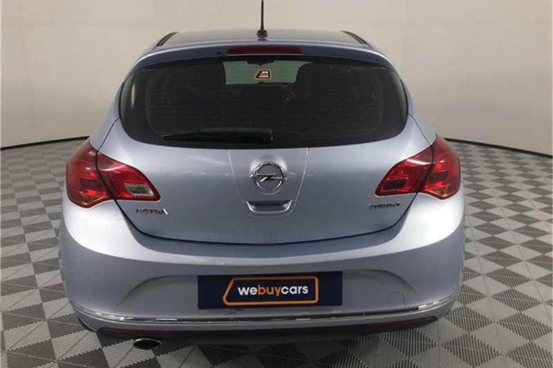 2014 Opel Astra sedan 1.4 Turbo Essentia
