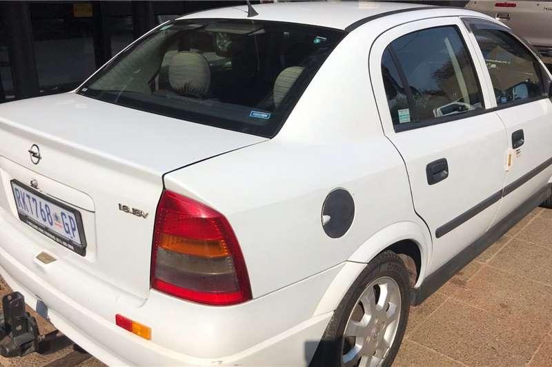 2005 Opel Astra