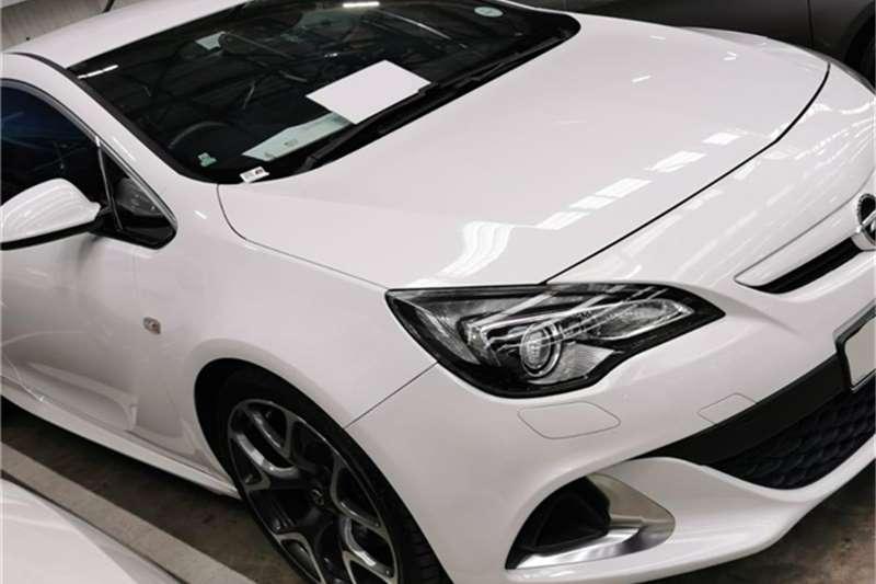 Opel Astra OPC 2014