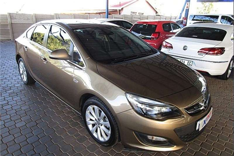 Opel Astra sedan 1.4 Turbo Enjoy auto 2014