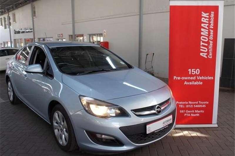 Opel Astra Sedan 1.4 Turbo Essentia Auto 2014