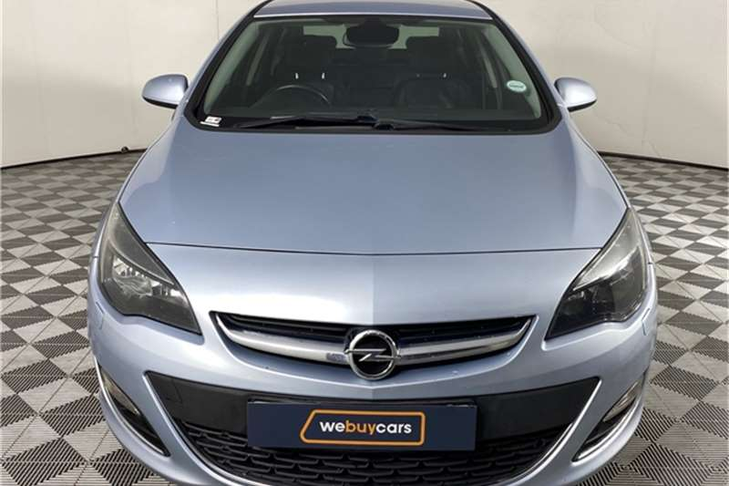 2015 Opel Astra Astra sedan 1.6 Turbo Cosmo