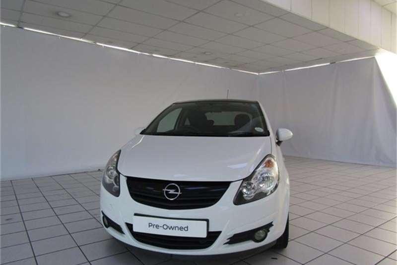 Opel Corsa 1.4 Colour Edition 2011