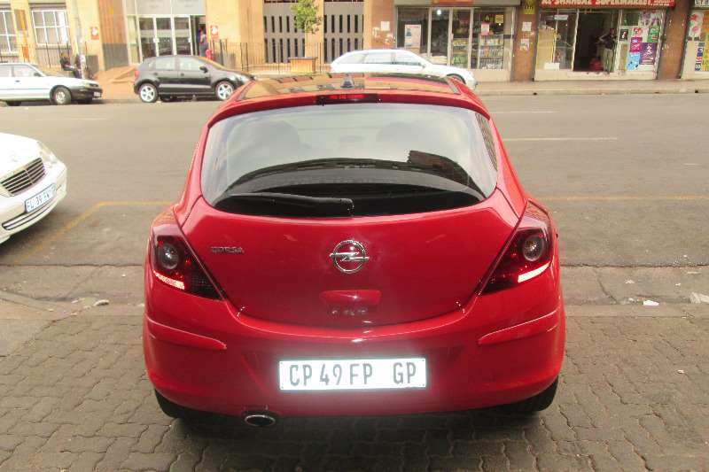 Opel Corsa 1.4 Cosmo 2013