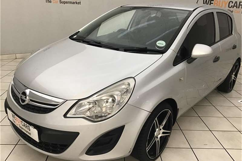 Opel Corsa 1.4 Enjoy 2012