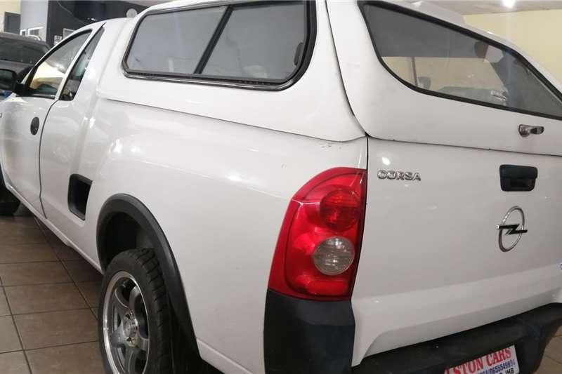 Opel Corsa 1.4 Essentia 2009