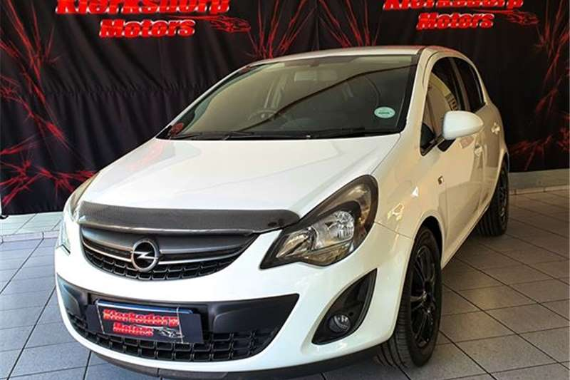 Opel Corsa 1.4 Turbo Enjoy 2014