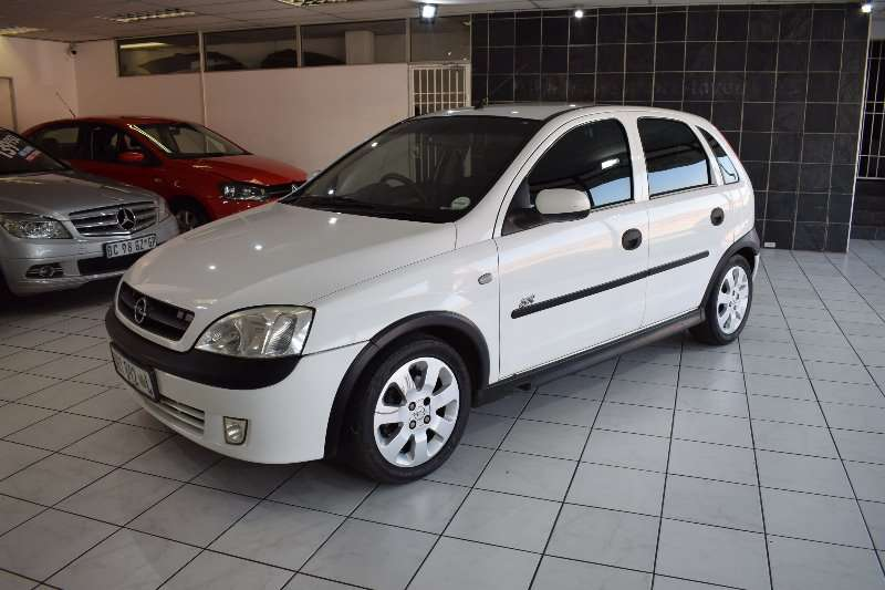 Opel Corsa 1.6 Sport Gamma  (One owner) 2005