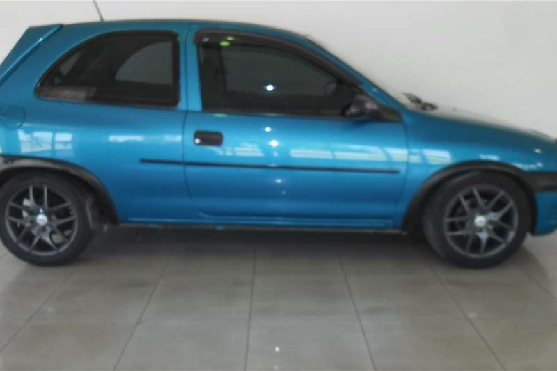 1998 Opel Corsa