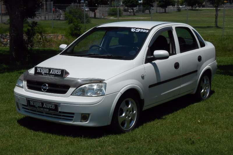 Opel Corsa Classic 1.8 Executive 2003