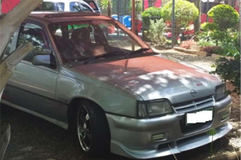Opel Monza 1990