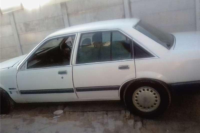 Opel Rekord 1990