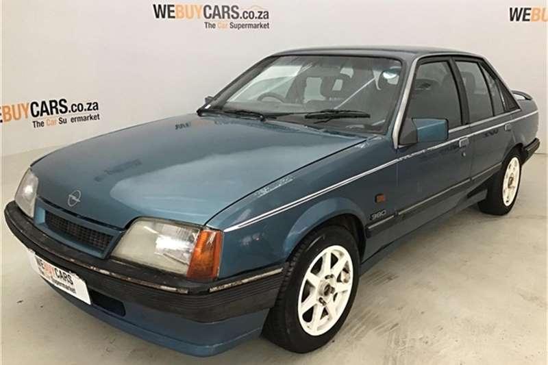 Opel Rekord 1992