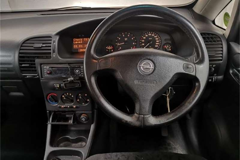 Used 2003 Opel Zafira