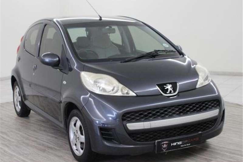 Peugeot 107 1.0 Trendy 2012