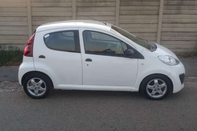 Peugeot 107 1.0 Trendy 2014
