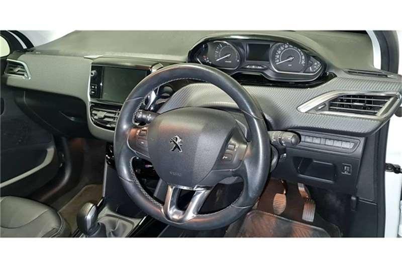 2018 Peugeot 2008 2008 1.6HDi Allure