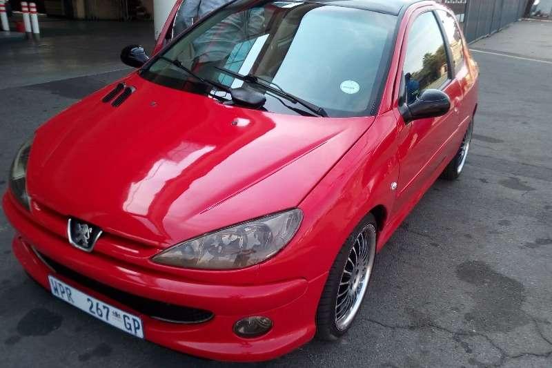 Peugeot 206 CC 2.0 2007