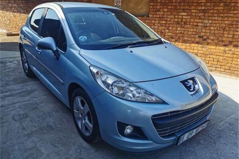 Peugeot 207 1.6 Dynamic 2012