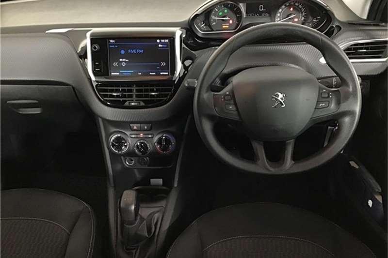 Peugeot 208 1.2 Active 2017