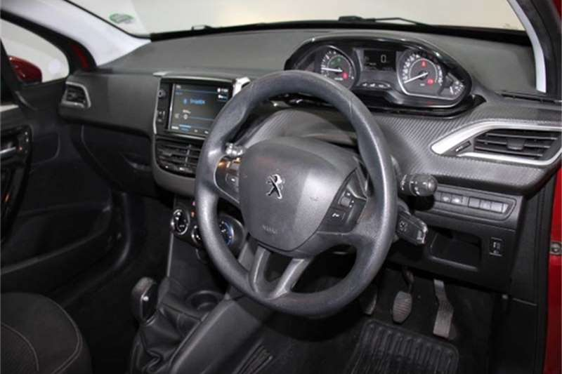 Peugeot 208 1.2 Active 2018