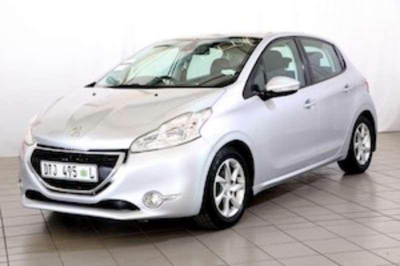 Peugeot 208 1.2 VTi ACTIVE 2013