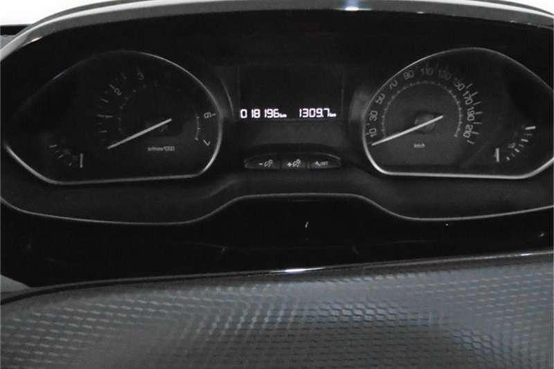 2019 Peugeot 208 1.2 Allure