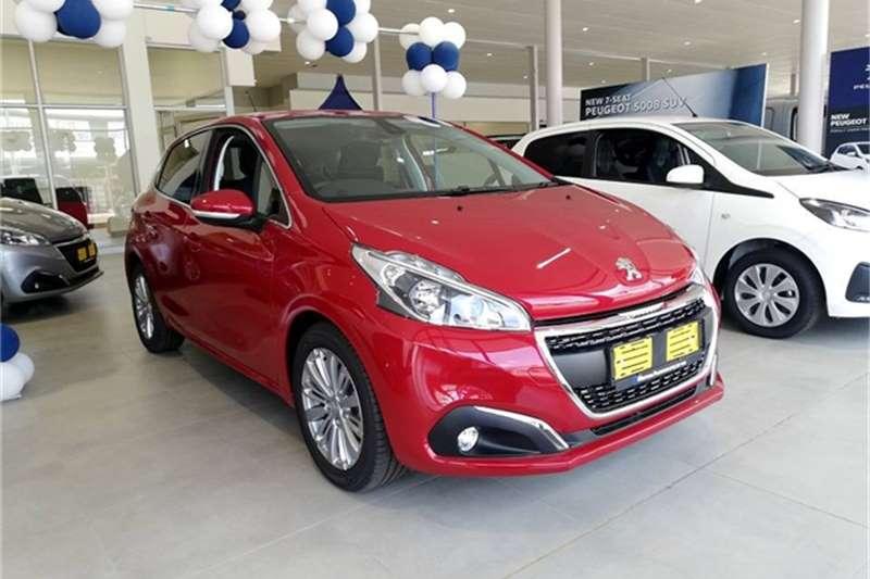 2020 Peugeot 208 1.2 Allure