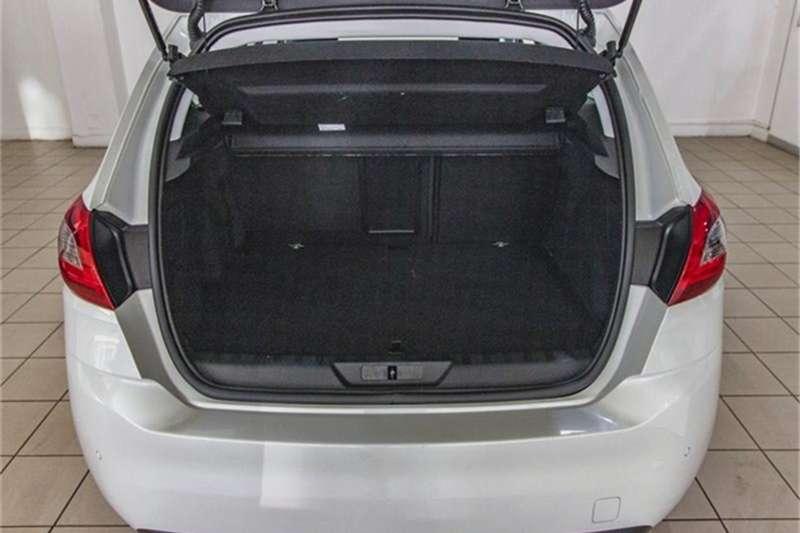 Peugeot 308 hatch 308 1.2T PURETECH ALLURE A/T 2019