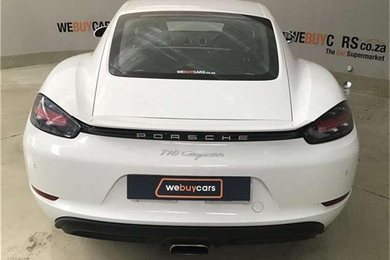 Porsche 718 Cayman auto 2018
