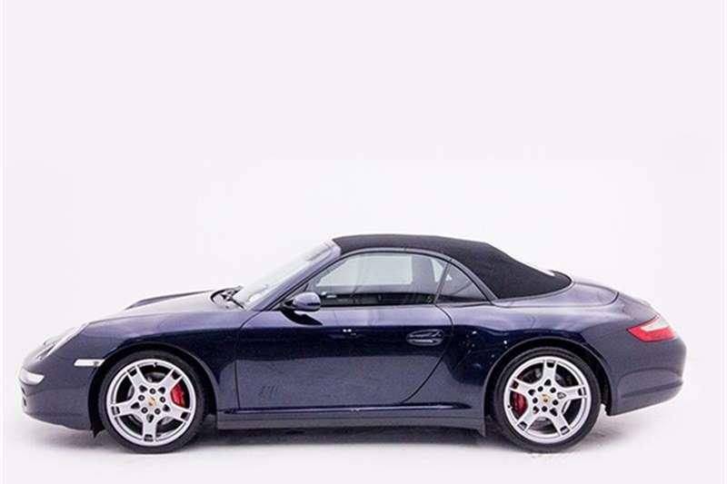 Porsche 911 Carrera 4 cabriolet 2006