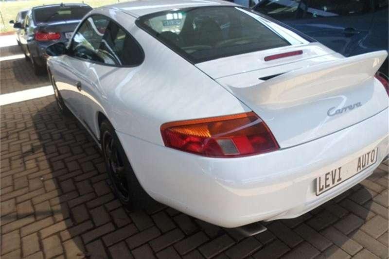 Porsche 911 Carrera Coupe 2002