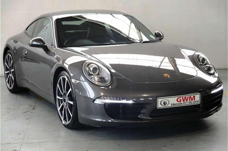Porsche 911 Carrera S auto 2012