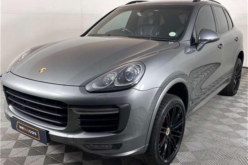 2016 Porsche CAYENNE Cayenne GTS