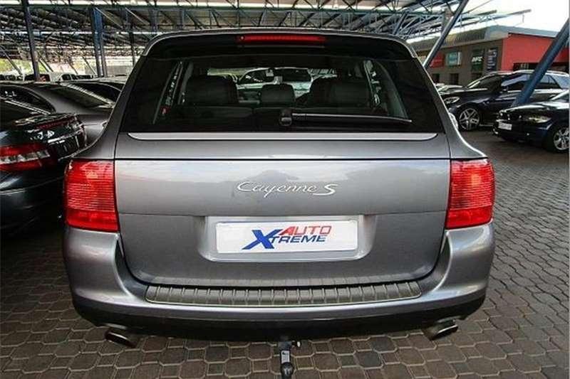 Porsche CAYENNE S Auto 2004