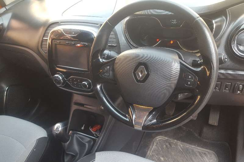 Used 2017 Renault Captur 66kW turbo Blaze